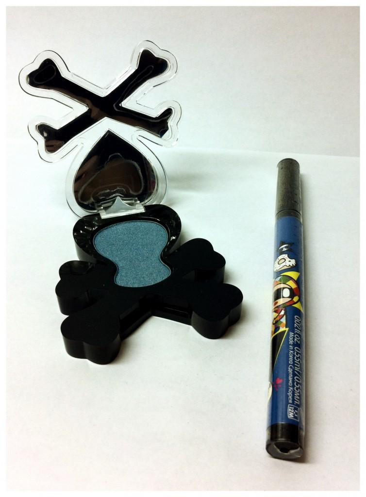 1 winner will receive Tokidoki Eyeshadow and Eyeliner