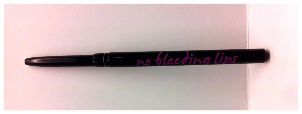 LOVE: No Bleeding Lips Secret Lipliner