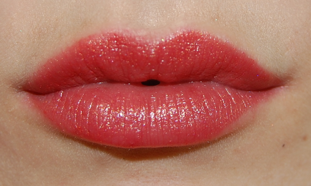 Lise Watier Rouge Gourmand Lipstick in Pomme Cannelle
