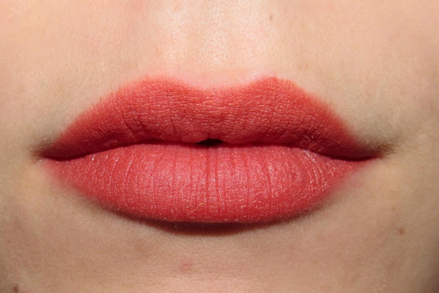 Messing Up My Pretty Lipstick