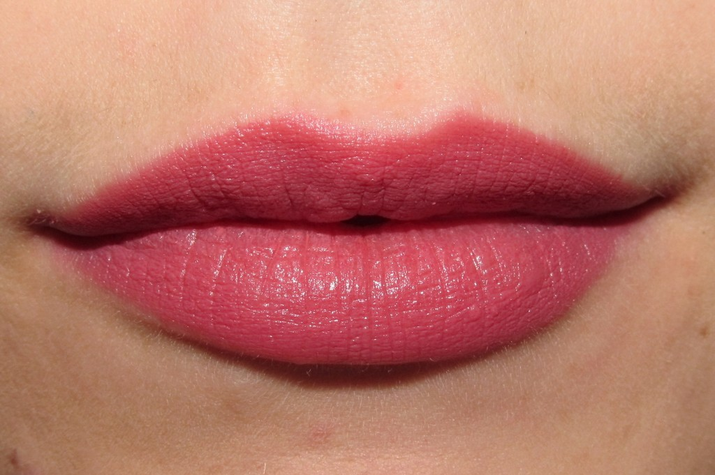 Rimmel Lasting Finish Matte by Kate Moss in 103