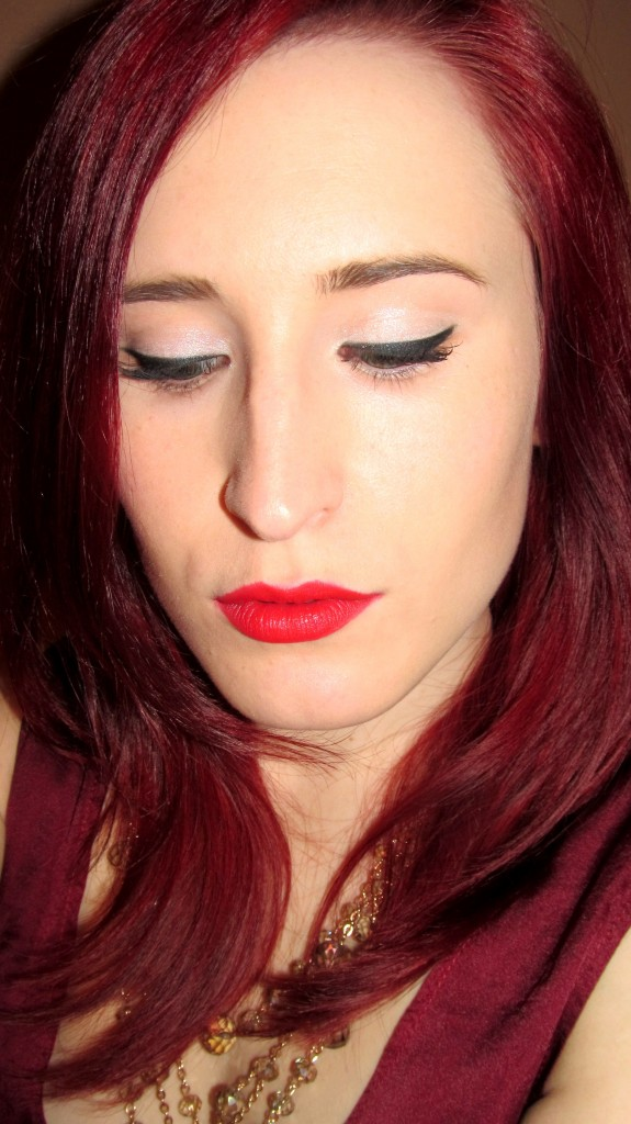 red carpet beauty, beauty blogger, redhead, dee thomson