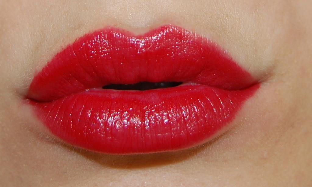 rouge dior rouge massai, rouge dior rouge massai swatch, dior fall 2014, dior fall 2014 swatch, dior fall 2014 makeup, dior fall 2014 beauty, dior lipstick rouge massai