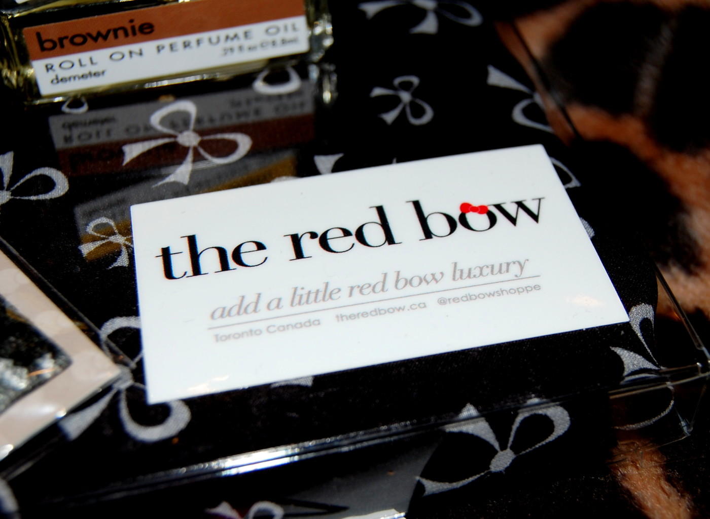Be Pretty With The Red Bow | 12 Days of Holiday Beauty Giveaway