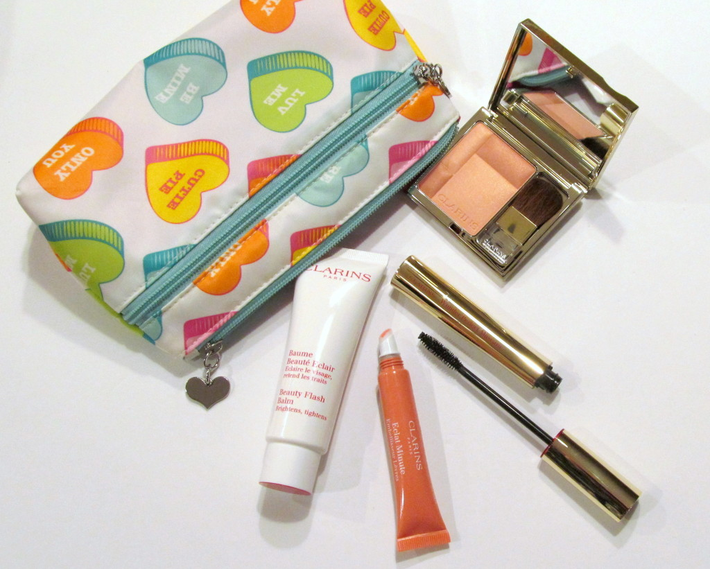 clarins valentine's day, clarins beauty, valentine's day beauty, beauty bag on the go, on the go beauty, clarins blush prodige, clarins blush prodige soft peach, clarins instant light, clarins instant light natural lip perfector, clarins instant light candy shimmer, clarins mascara, clarins wonder perfect mascara, clarins beauty flash balm