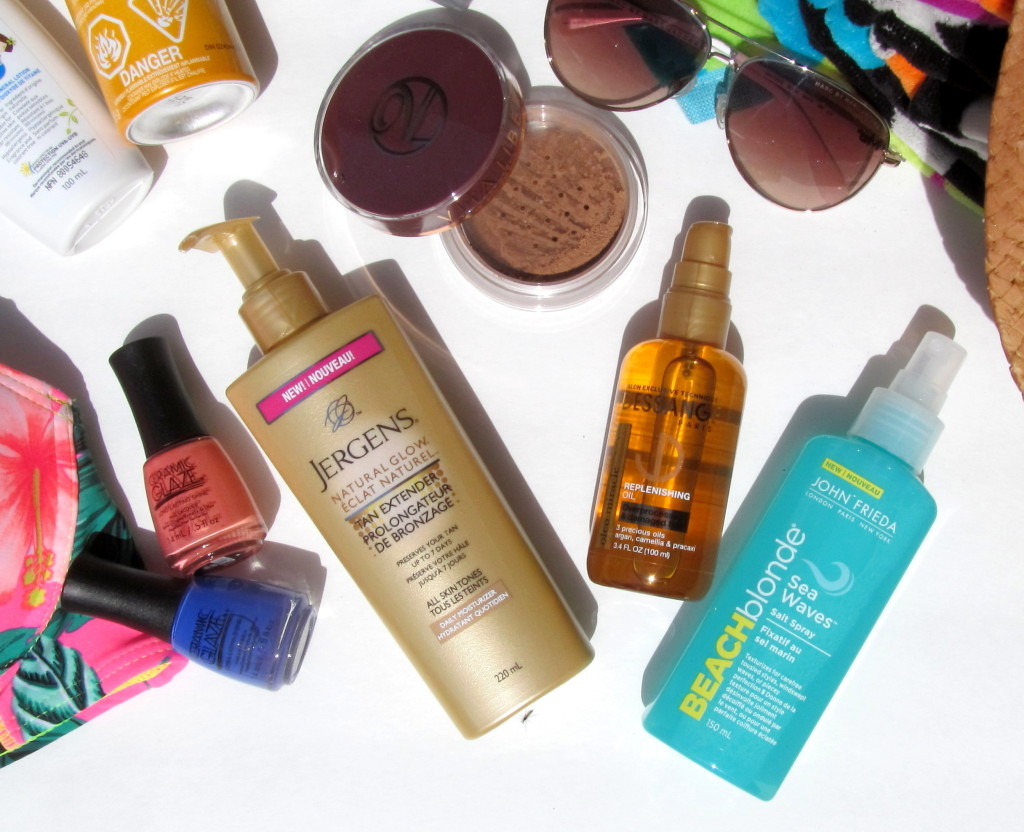beach bag essentials, beach beauty, best spf, what to bring to the beach, what kind of beauty products are good for summer, Vichy Capital Soleil Invisible Mist, Vichy Aqualia Thermal UV Hydrating Treatment, Skinceuticals Physical Fusion UV Defense, Garnier Ombrelle Kids Mineral Lotion, Jergens Natural Glow Tan Extender, Vita Liberata Trystal Minerals Self Tanning Bronzing Minerals, John Frieda Beach Blonde Sea Waves Sea Salt Spray, ceramic glaze, beach bag, beach waves, best products for hair at the beach