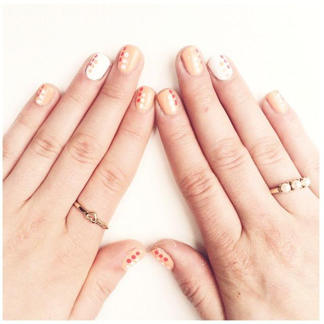 summer nails, summer mani, blue nail polish, best manicure for summer, nail inspiration, nail blogger, nail art, easy nail art, diy nail art, opi, ceramic glaze, essie, shoppers drug mart nail polish, dotted nails, nail dotting tool