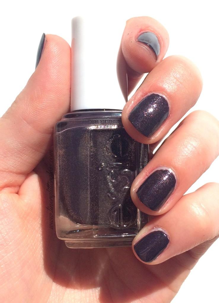 Essie, Essie Fall 2015, Essie Fall nail polish, rock n roll nail polish, essie fall 2015 swatches, essie frock n roll, essie frock n roll swatch, frock n roll nail polish, charcoal nail polish, galaxy nail polish