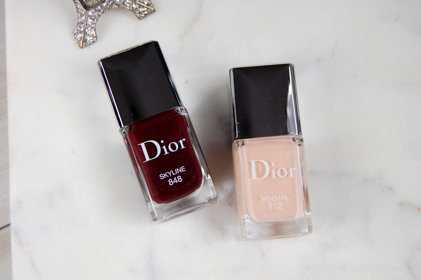 dior fall 2016, dior fall 2016 review, dior fall 2016 swatches, dior skyline collection, dior skyline swatches, skyline photos, skyline swatches, luxury beauty 2016, fall 2016 beauty trends, fall 2016 beauty collection, what makeup to wear for fall, dior 5 couleurs skyline, dior capital of light, capital of light swatches, dior parisian sky, dior parisian sky swatches, dior lip pomade, diorblush light & contour, sculpting stick, contour stick, dior contour stick, dior color correction, colour correcting stick, face color correction, dior vernis skyline, dior vernis minimal
