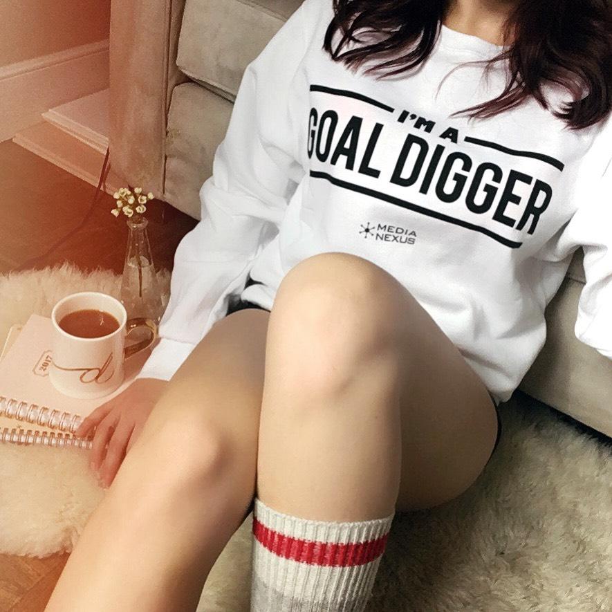 goal digger, goal digger sweatshirt, beauty blogger, beauty blog, toronto blog, toronto blogger, toronto beauty blog, canadian beauty blog, canadian blogger, top canadian blogger, dee thomson