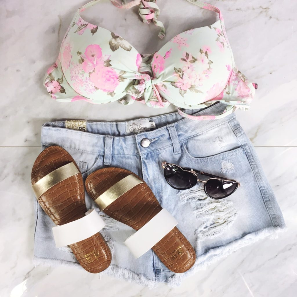 spring break essentials, spring break clothes, what to pack for spring break, what to pack for beach vacation, dixie outlet mall deals, dixie outlet mall stores, call it spring wedges, long sleeve romper, winners fab finds, clothes for the beach, what should i bring on spring break, #dixiedeals, boathouse jean shorts, boathouse outlet, ardene outlet