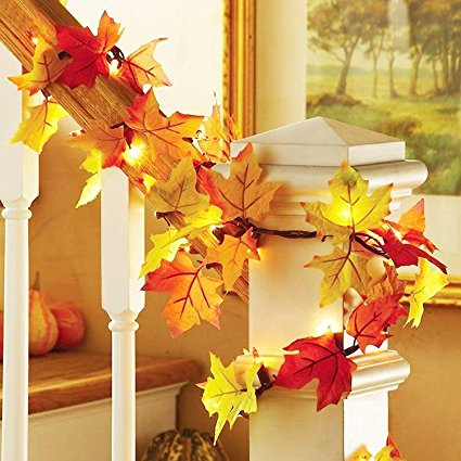 thanksgiving decor, thanksgiving entertaining & fall decor essentials, how to decorate for fall, cute fall decorations, thanksgiving decorations, pumpkin spice pillow, pumpkin spice decor, fall leaf lights, turkey platter, cute turker platter, thanksgiving photo booth