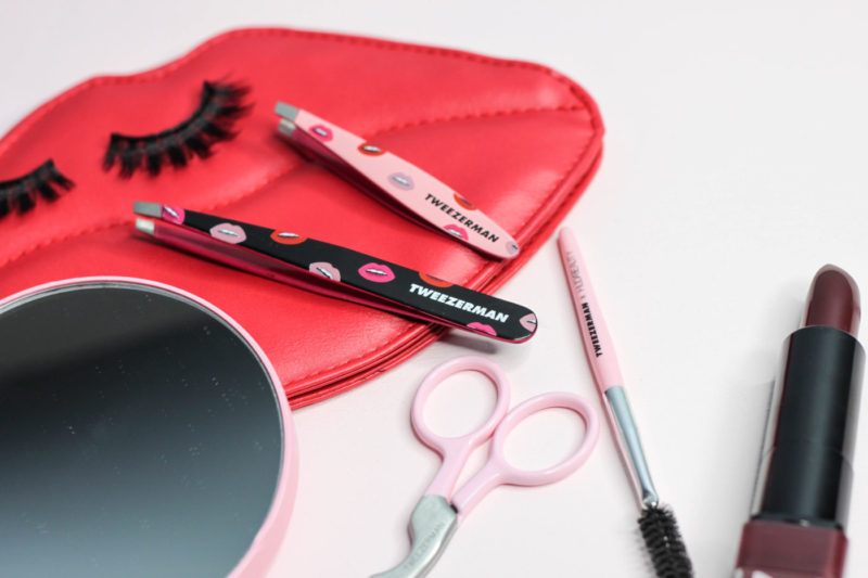 tweezerman x huda beauty, tweezerman huda beauty collection, lip print tweezers, pretty twezers, huda beauty tools, tweezerman new collection, hude beauty tweezers