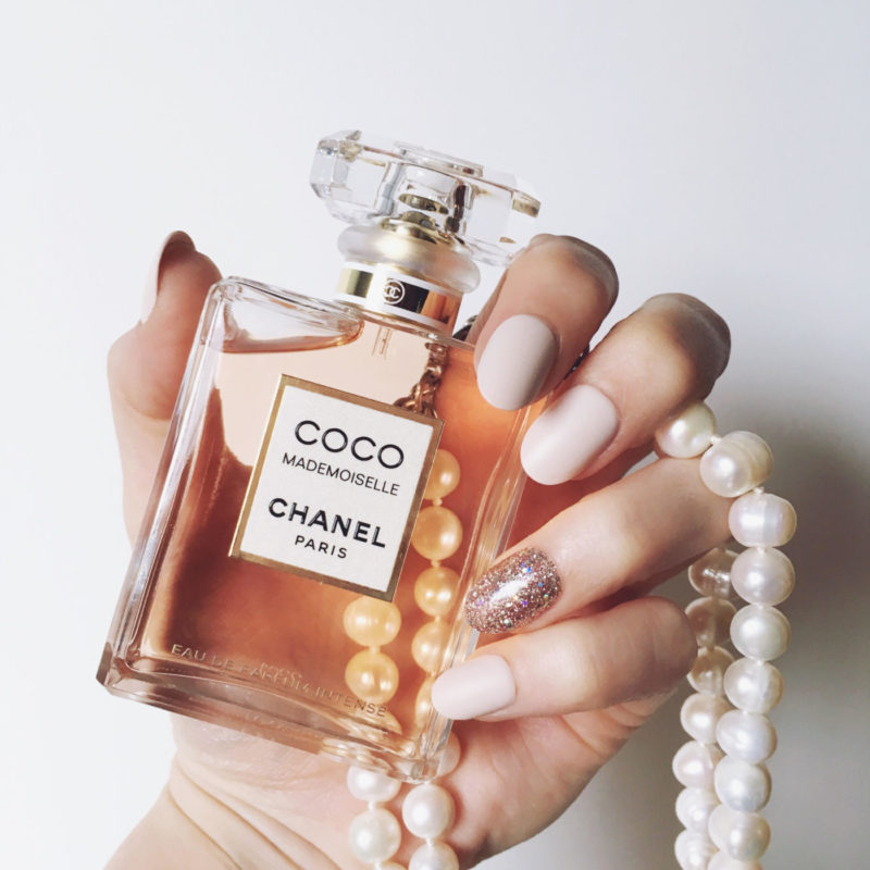 chanel coco mademoiselle eau de parfum intense first look. Black Bedroom Furniture Sets. Home Design Ideas