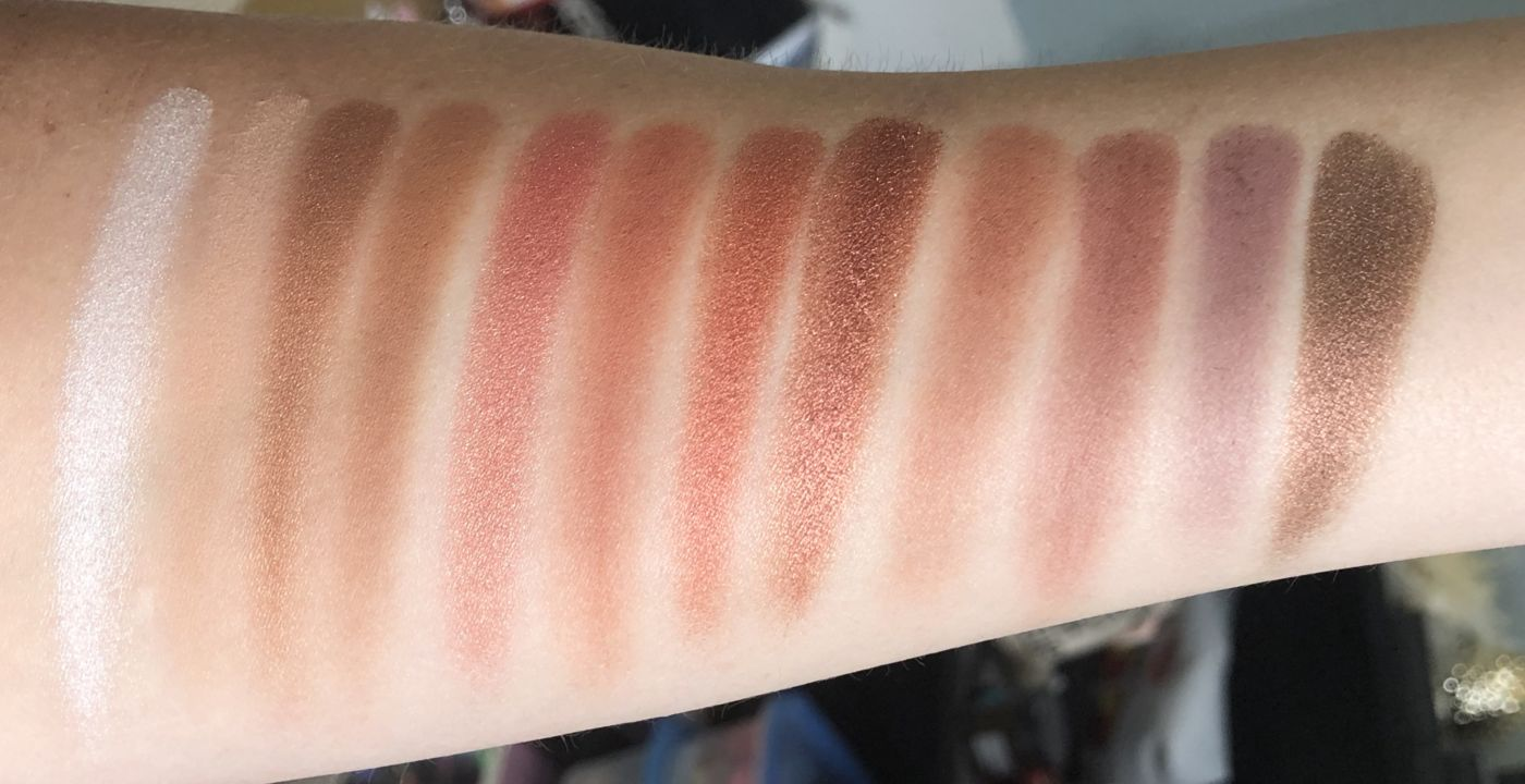 Rimmel Magnif'eyes Spice Edition Palette, rimmel spice palette, rimmel eye contouring palettes, urban decay naked heat palette, urban decay naked heat dupe, naked heat drugstore dupe, red eyeshadow palette, summer makeup trends, summer beauty trends, eyeshadow palette for summer