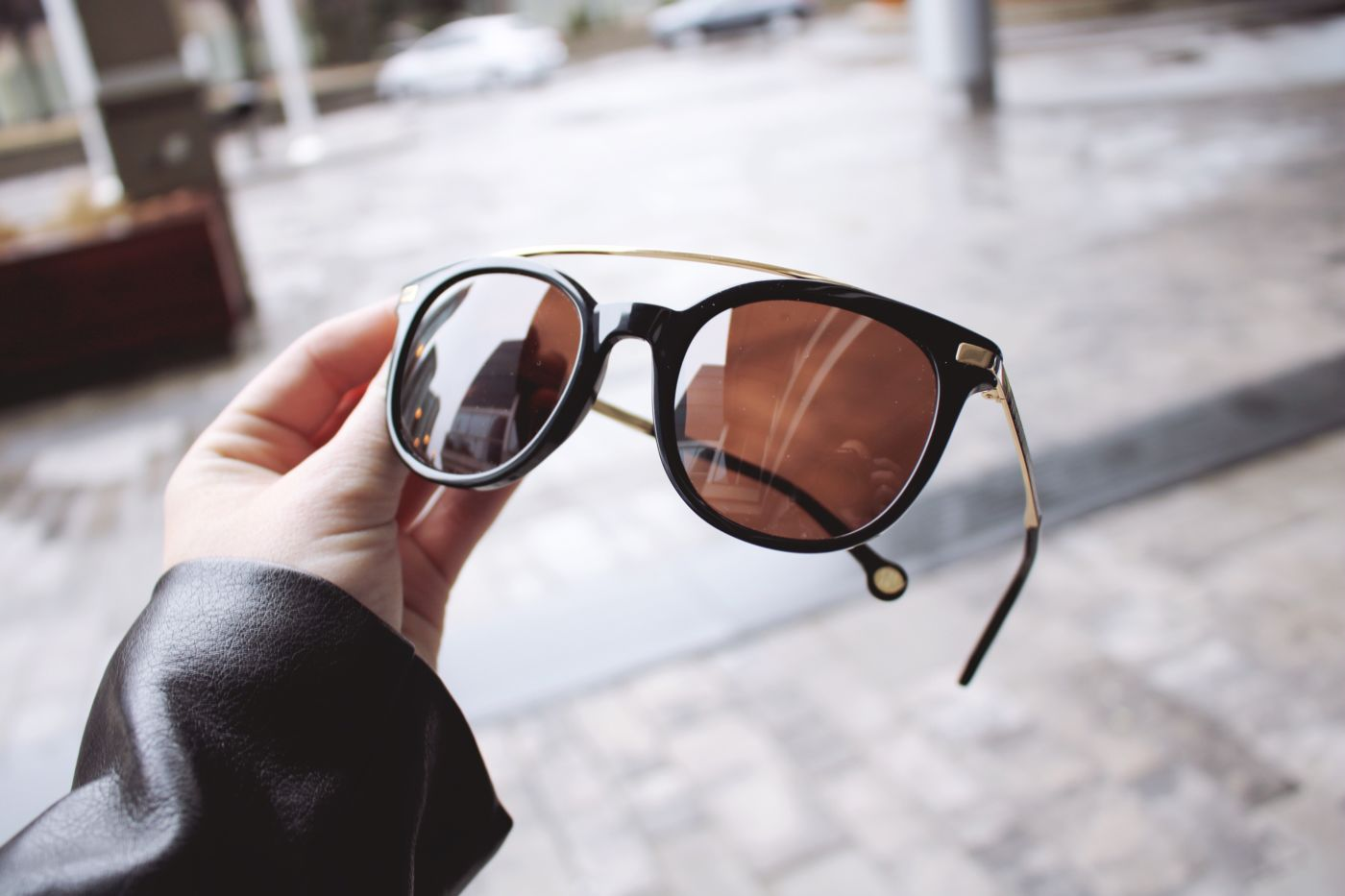 carolina herrera, carolina herrera sunglasses, smart buy glasses, smart buy glasses shop, where to buy designer sunglasses, where to buy sunglasses online, spring 2019 trends, things I love for 2019, 2019 trends, aviator glasses